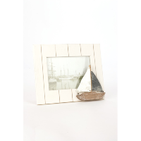 Wooden boat photoframe